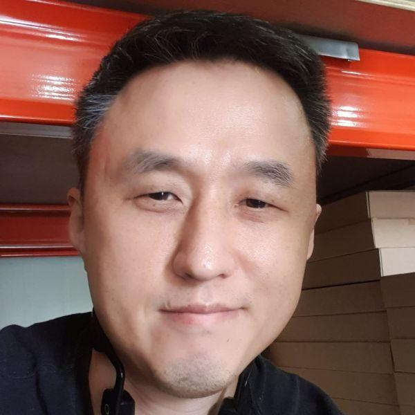Video Call with Yongkwang