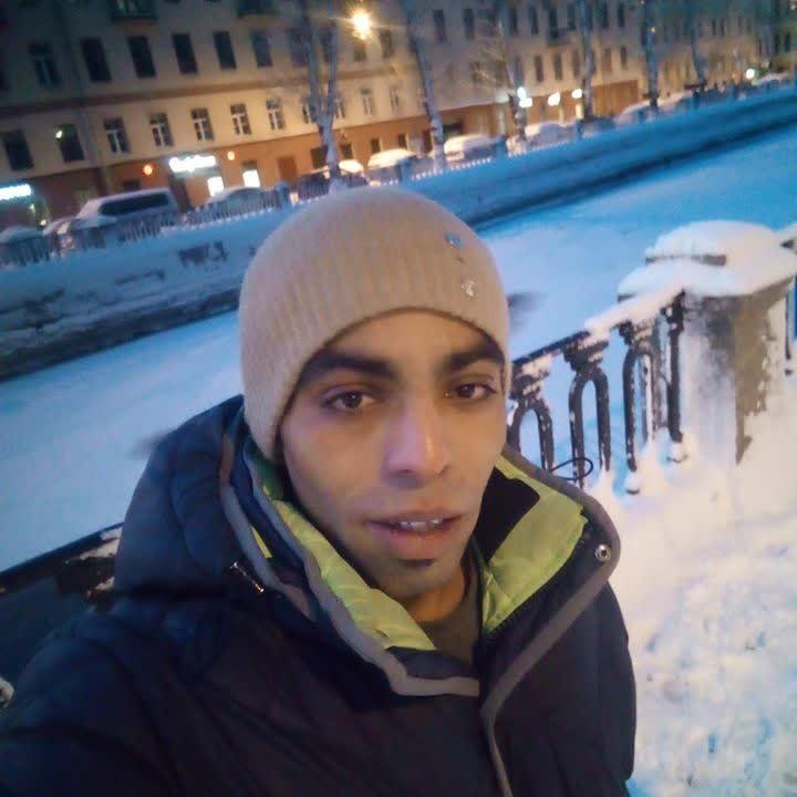 Video Call with الحسين