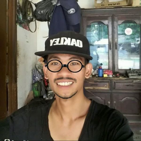 Video Call with Af Ri