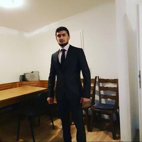 Video Call with Izzedîn