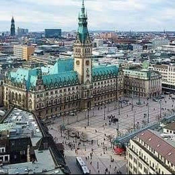 Video Call with Hamburg
