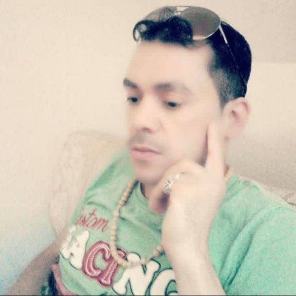 Video Call with رائد