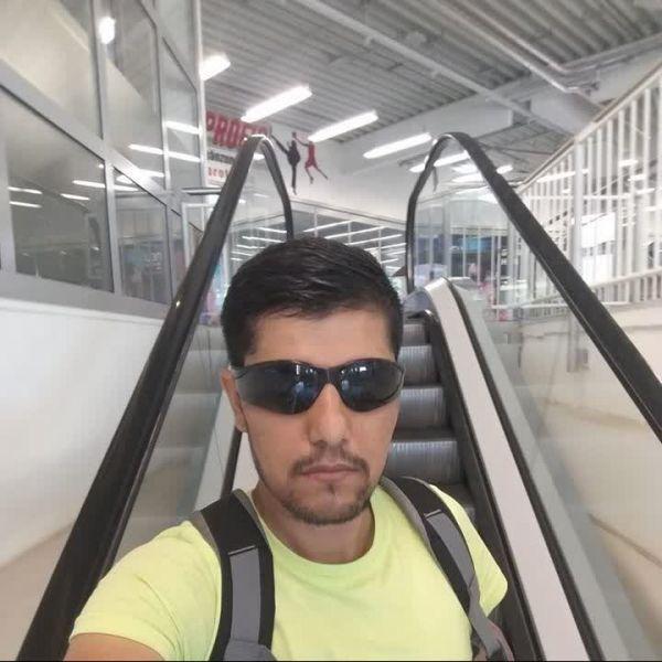 Video Call with Qullhadihassanzai