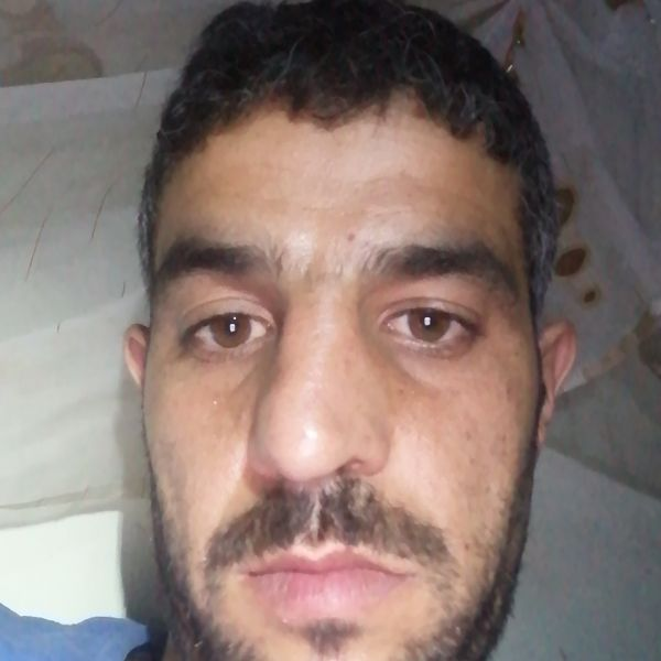 Video Call with سلوم