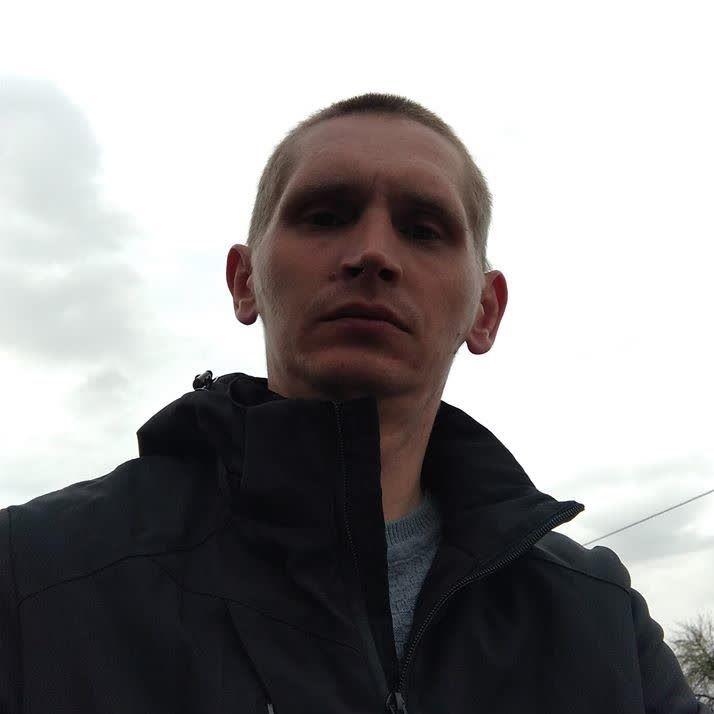 Игорь ile Görüntülü Görüş