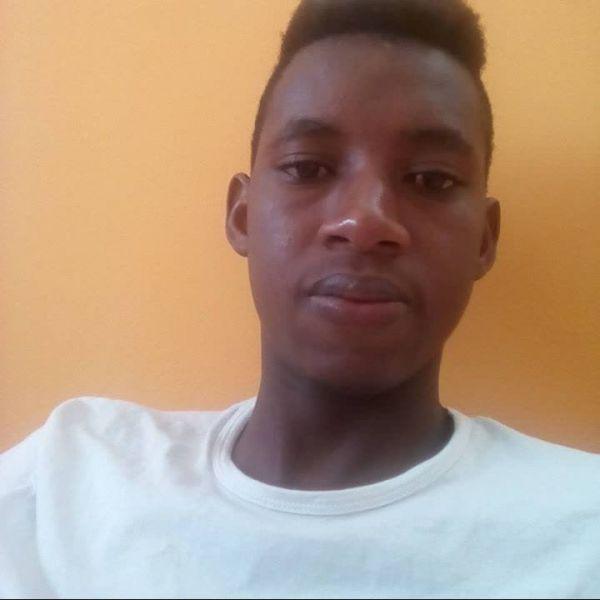 Mamadou ile Görüntülü Görüş