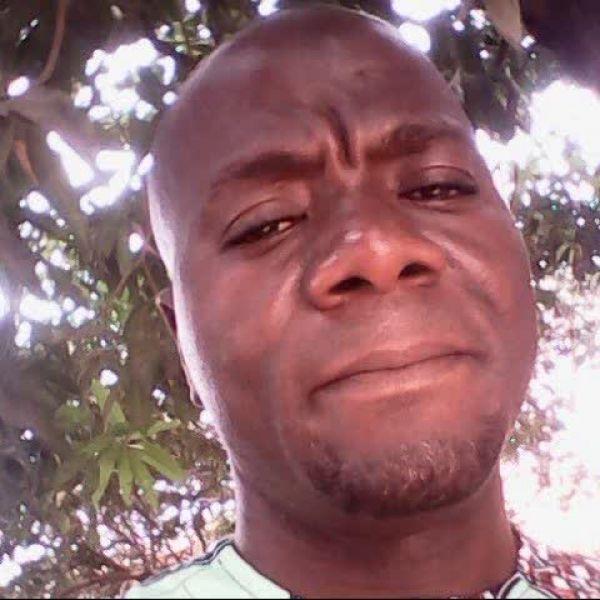 Uthman Olawale ile Görüntülü Görüş