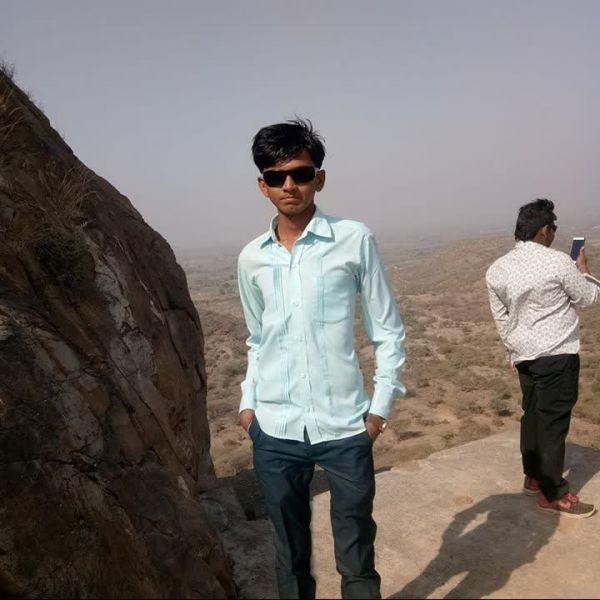 Ajay Gohil ile Görüntülü Görüş