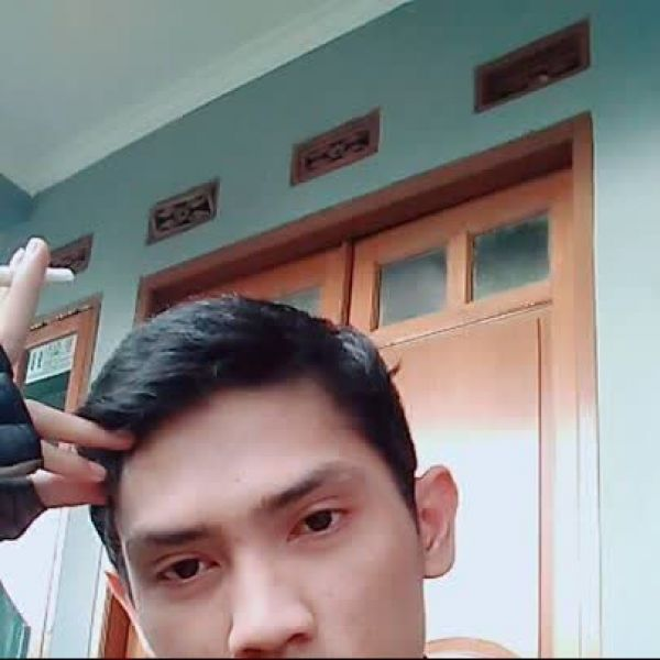 Video Call with Bustomi
