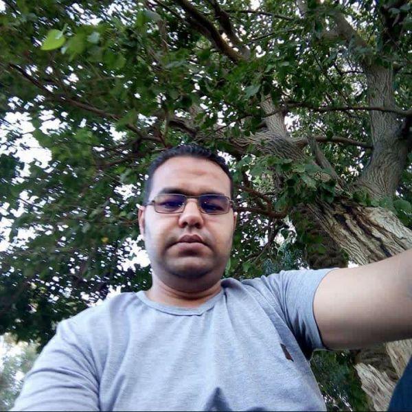 احمد تهامى ile Görüntülü Görüş